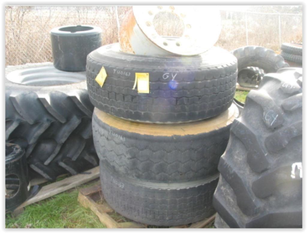 Goodyear 385/65R22.5 Wheels / Tires / Track