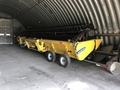 2012 New Holland 880CF-30 Platform
