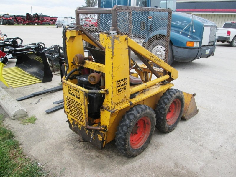 1981 Case 1816 Skid Steer