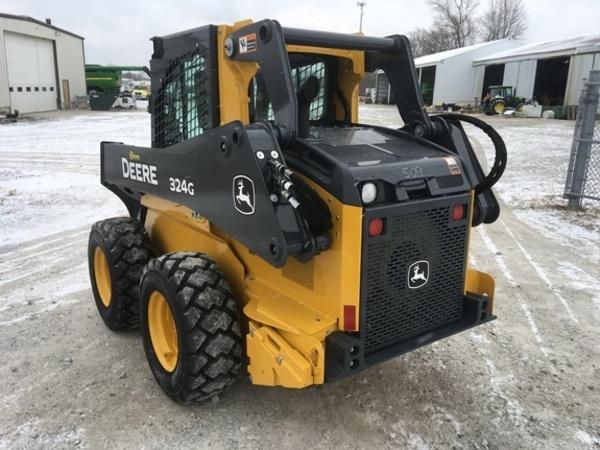 2018 John Deere 324G Skid Steer
