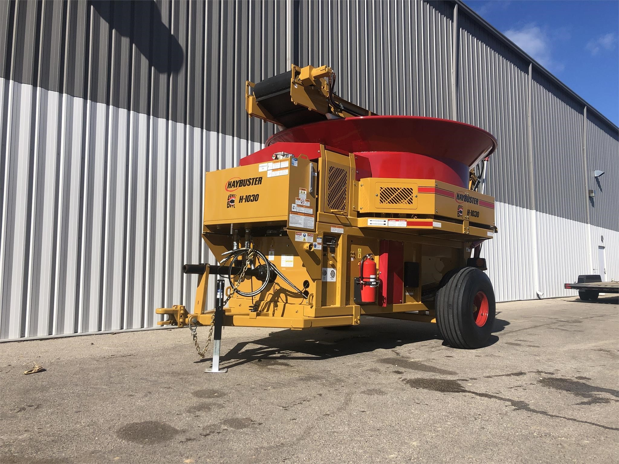 2019 Haybuster H1030 Bale Processor