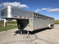 2013 Featherlite 8127 Livestock Trailer