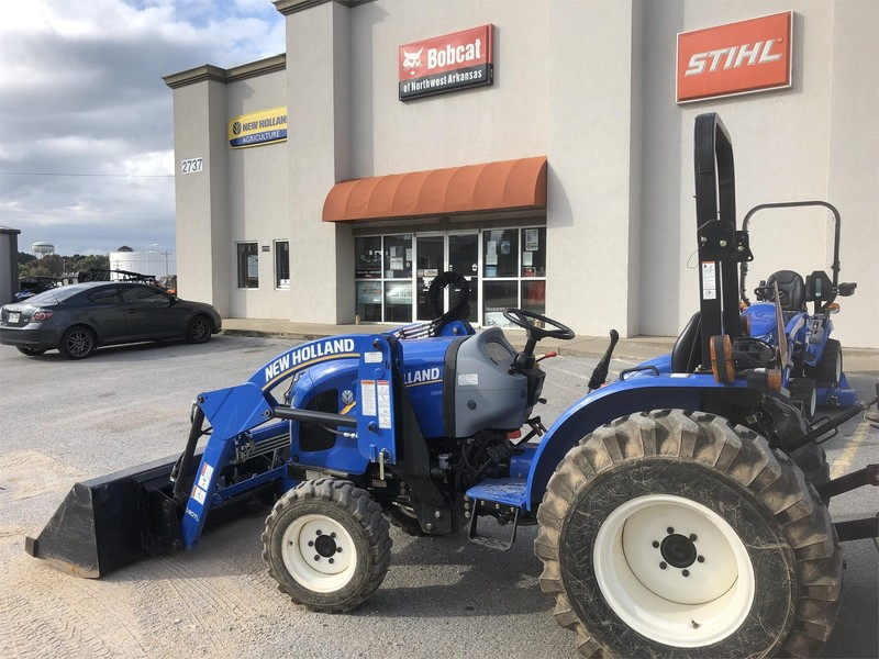 2016 New Holland Workmaster 37 Tractor