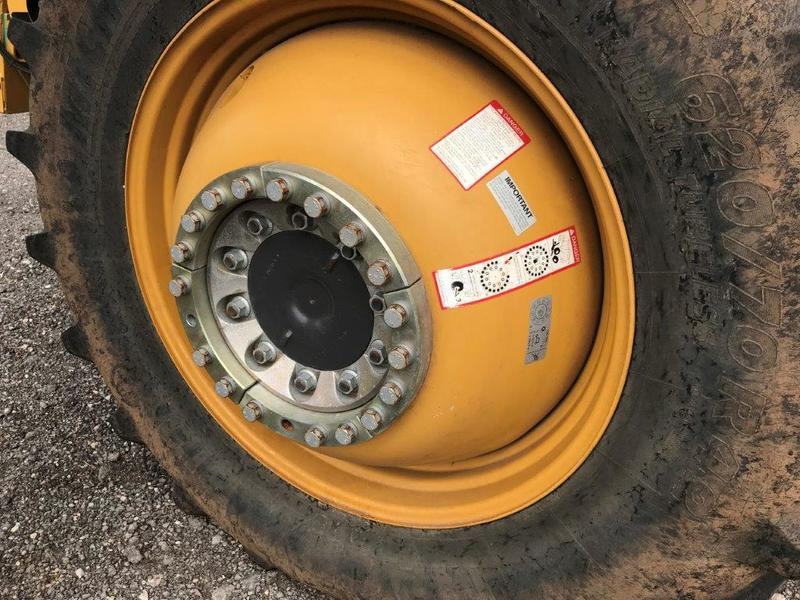 2012 Claas Lexion 740 Combine