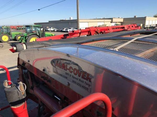 2012 Case 3520 Self-Propelled Fertilizer Spreader