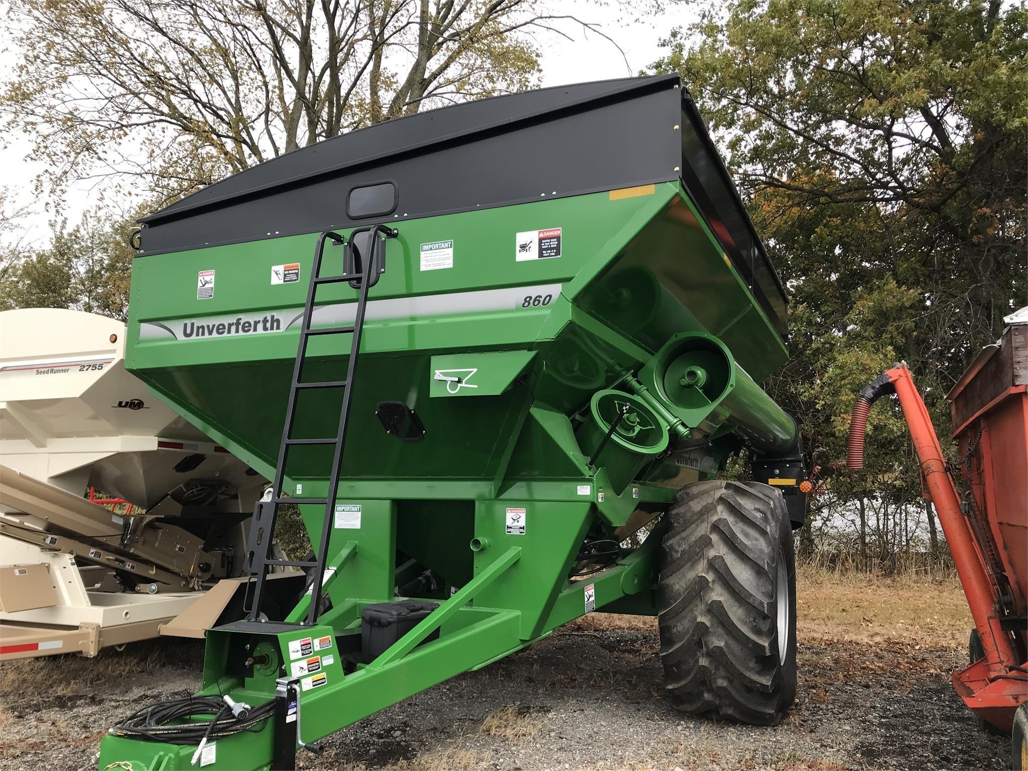 2019 Unverferth 860 Grain Cart