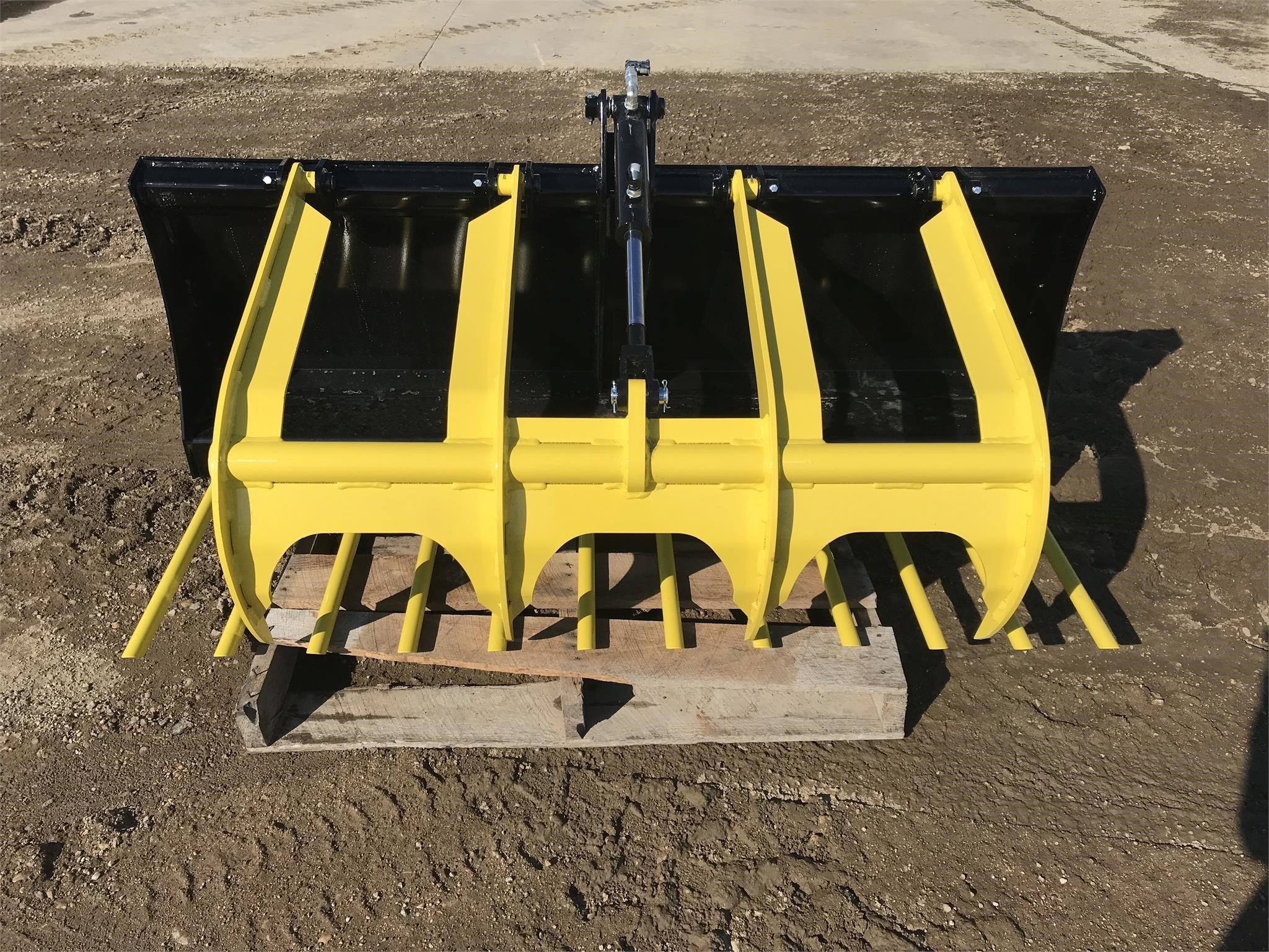 2021 MDS 5520-MB114-72 Loader and Skid Steer Attachment