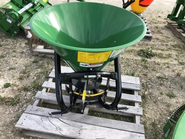 2017 Frontier SS1023B Pull-Type Fertilizer Spreader
