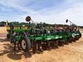 2017 John Deere 1705 Planter