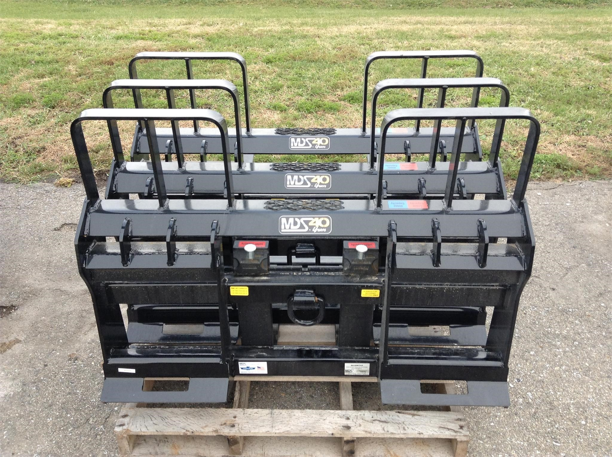2021 MDS 1248 Loader and Skid Steer Attachment