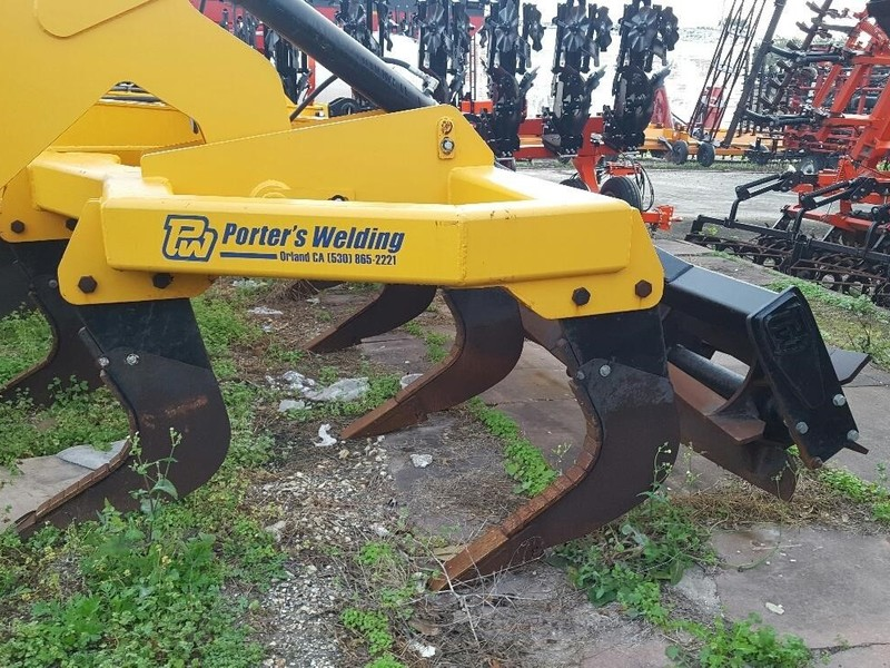 2016 Porters Welding PFC319 Chisel Plow