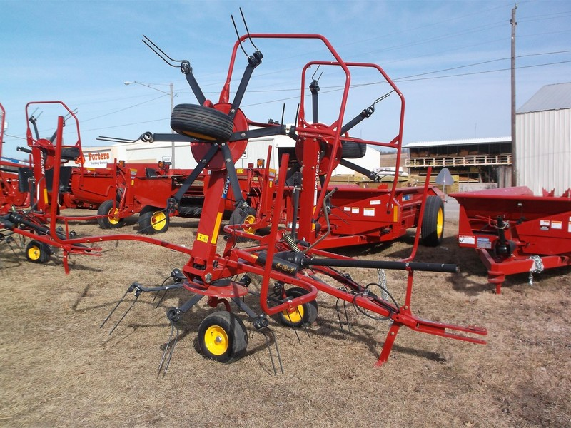 2020 New Holland Proted 3417 Tedder