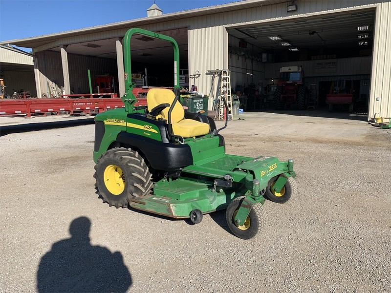 2009 John Deere 997 Lawn and Garden