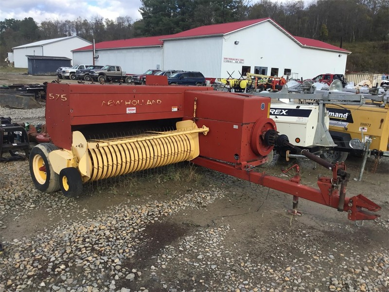 New Holland 570 Small Square Baler
