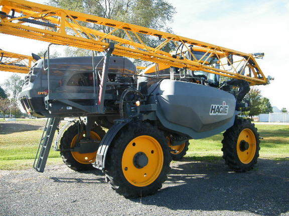 2017 Hagie DTS 10 Self-Propelled Sprayer
