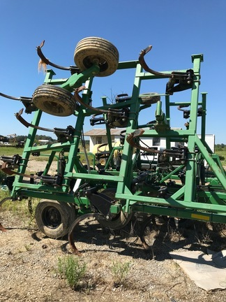 Summers Manufacturing SUPERCHISLE Chisel Plow