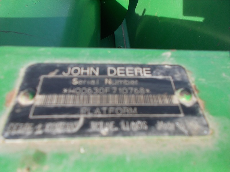 2005 John Deere 630F Platform