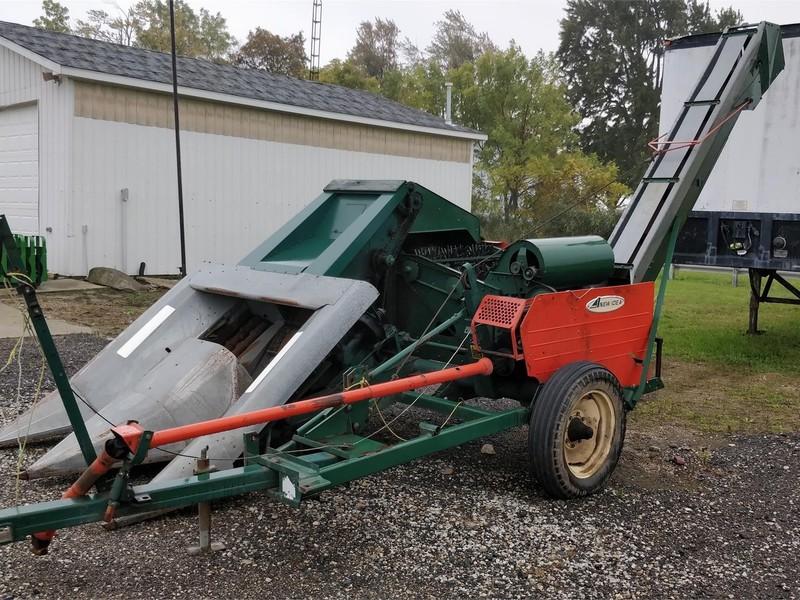 New Idea 324 Corn Picker