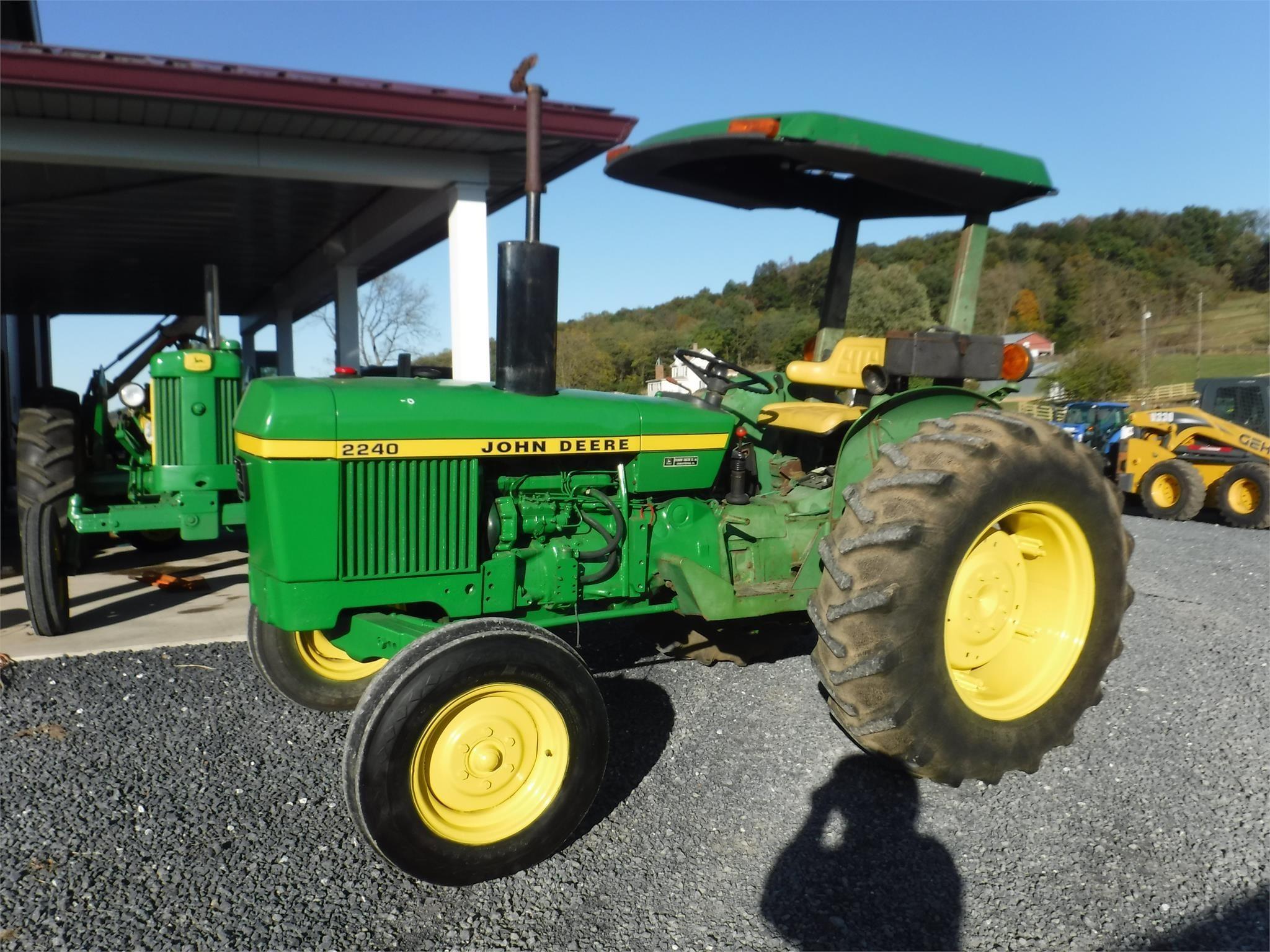1976 John Deere 2240 Tractor