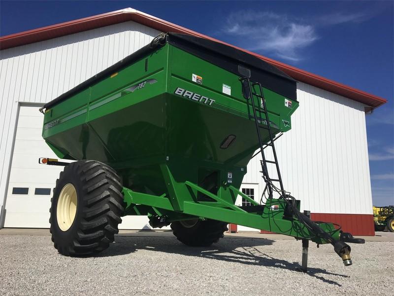 2010 Brent 782 Grain Cart