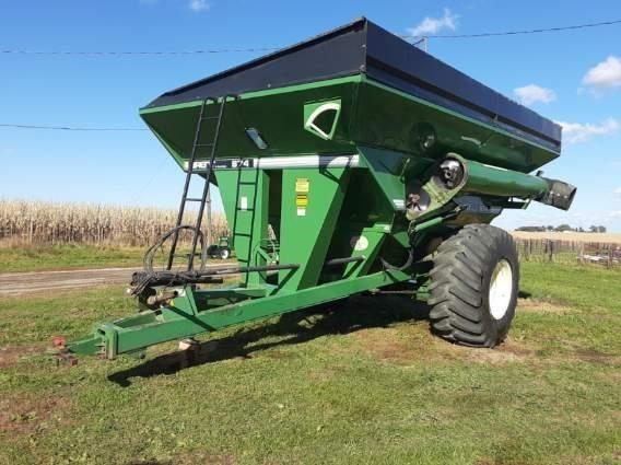 1998 Brent 874 Grain Cart
