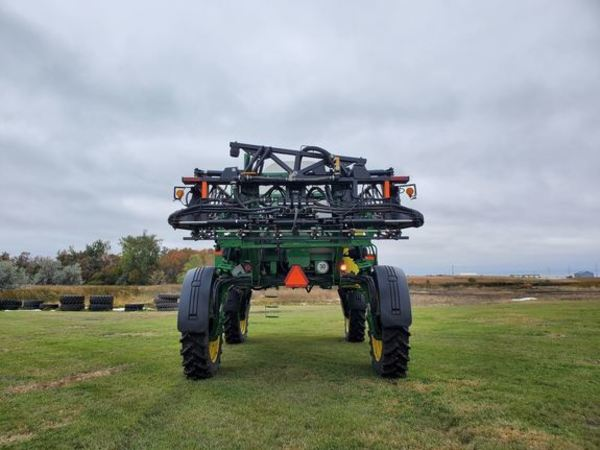 2007 John Deere 4830 Self-Propelled Sprayer
