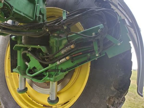 2012 John Deere 4940 Self-Propelled Sprayer