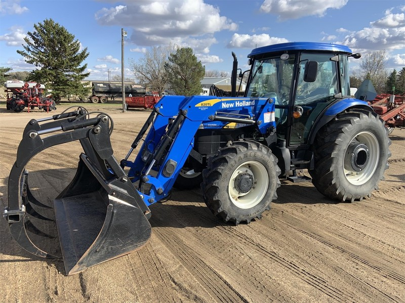 2011 New Holland TD5050 Tractor