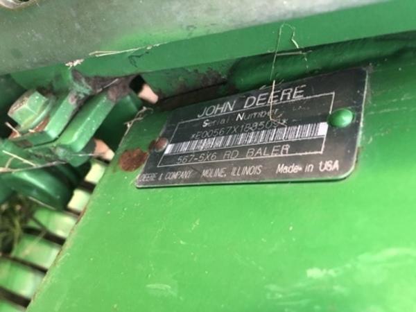 2002 John Deere 567 Round Baler