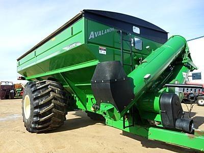 2010 Brent 1194 Grain Cart