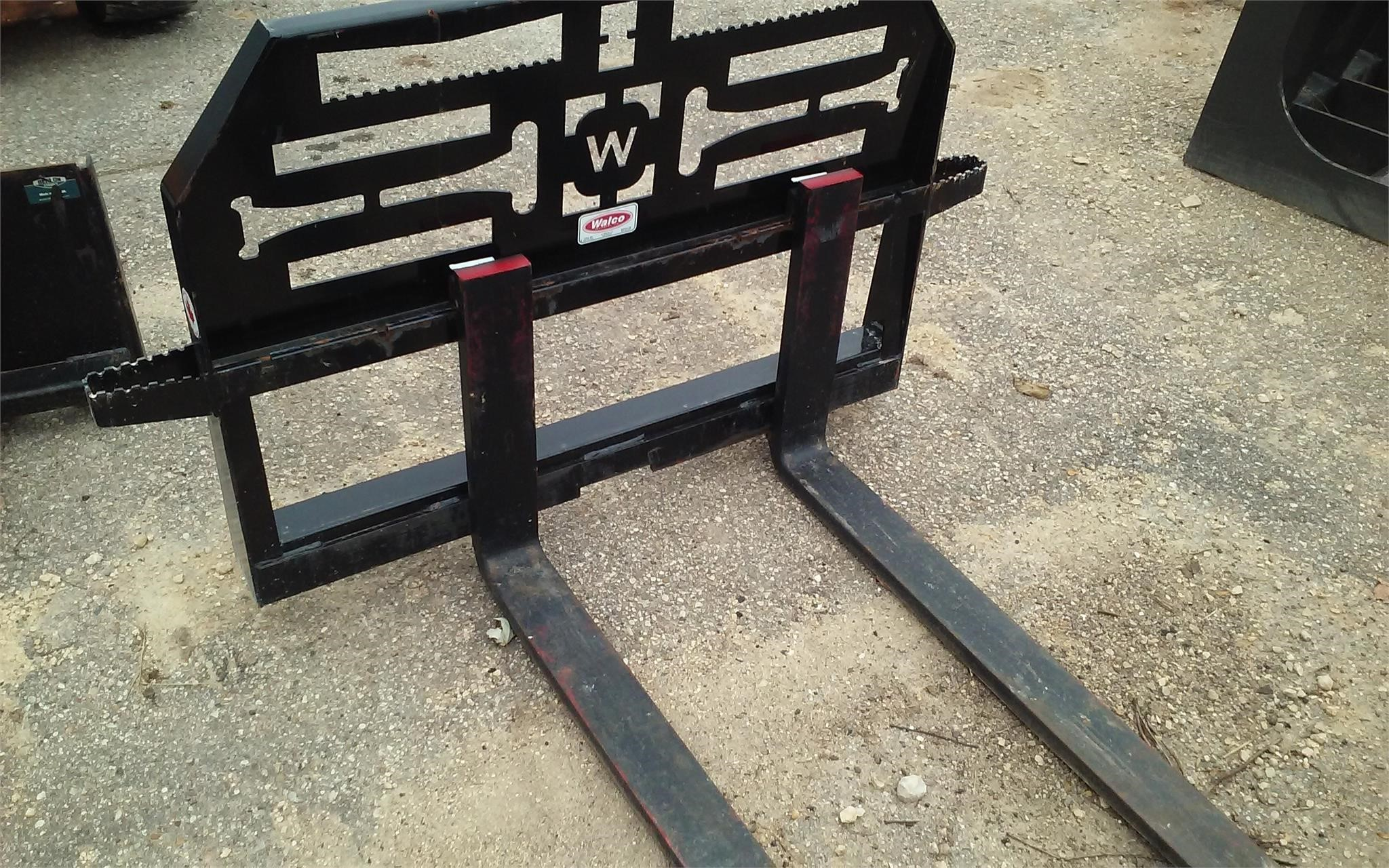 Walco 48 Loader and Skid Steer Attachment