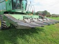 1981 John Deere 643 Corn Head