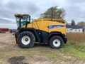 2009 New Holland FR9050 Self-Propelled Forage Harvester