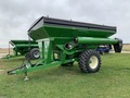 2009 Brent 882 Grain Cart