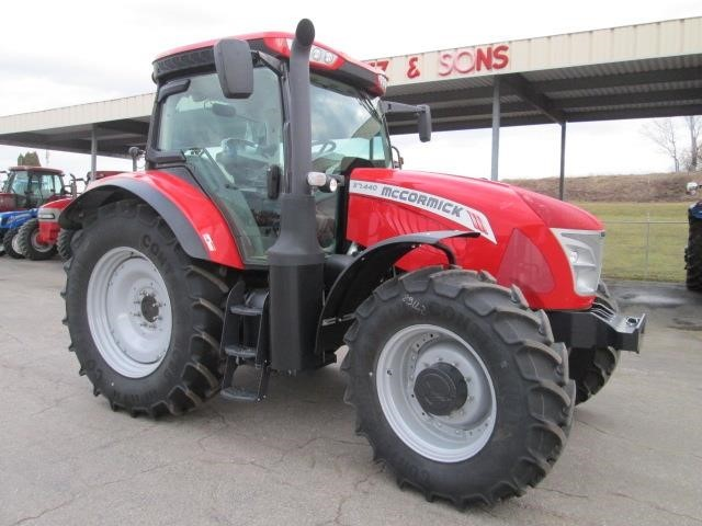 2015 McCormick X7.440 Tractor