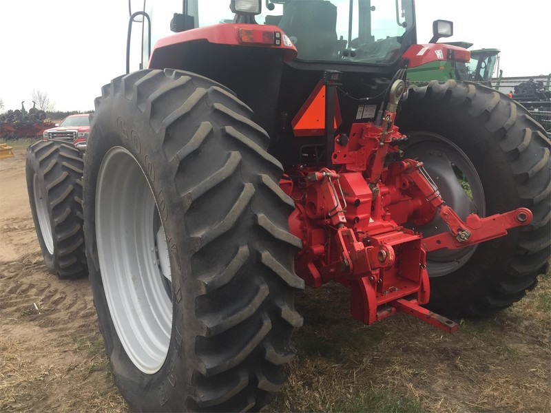 2005 McCormick MTX135 Tractor