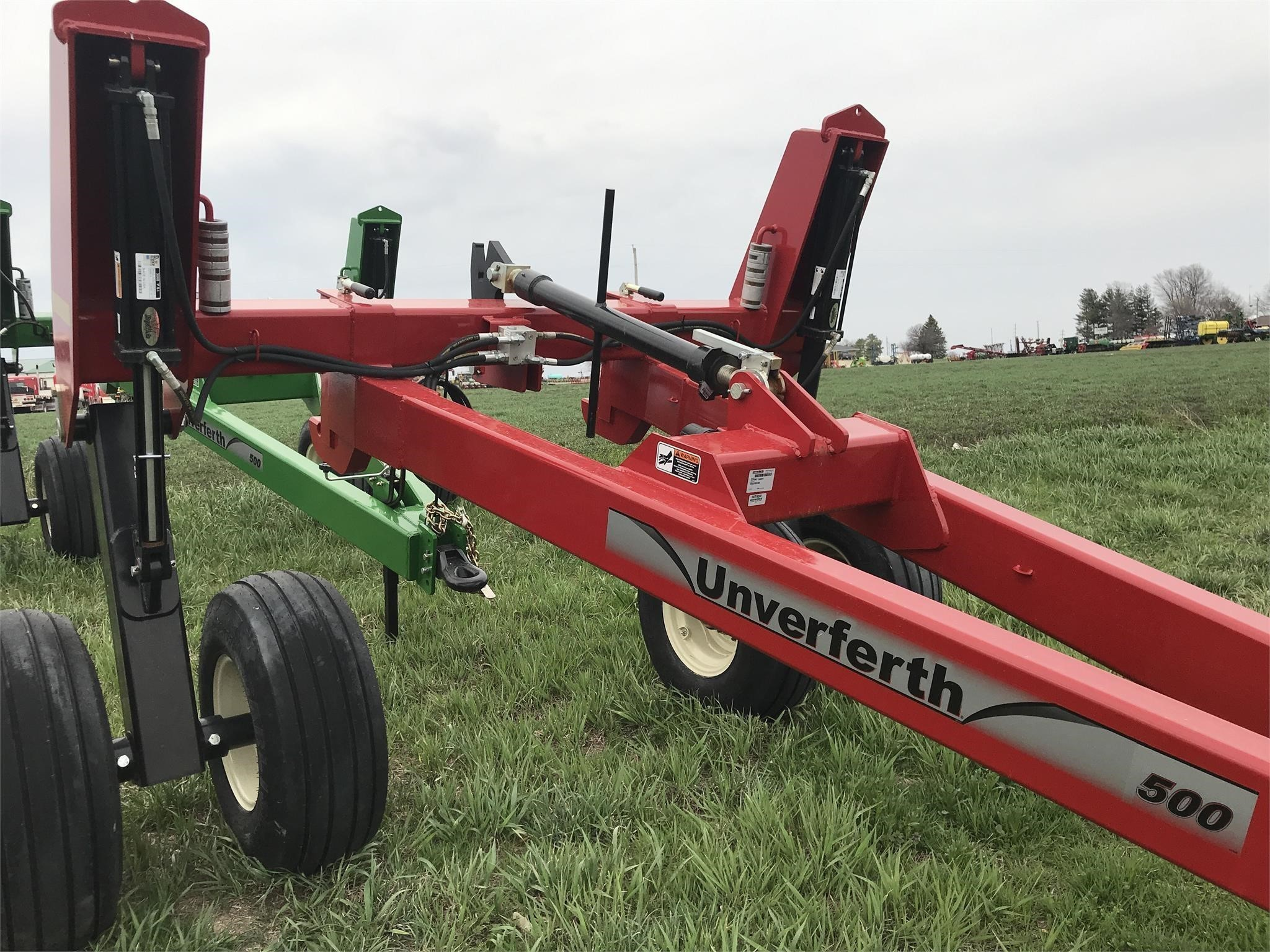 2019 Unverferth 500 Implement Caddy