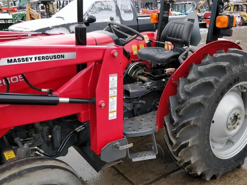 2011 Massey Ferguson 2605 Tractor