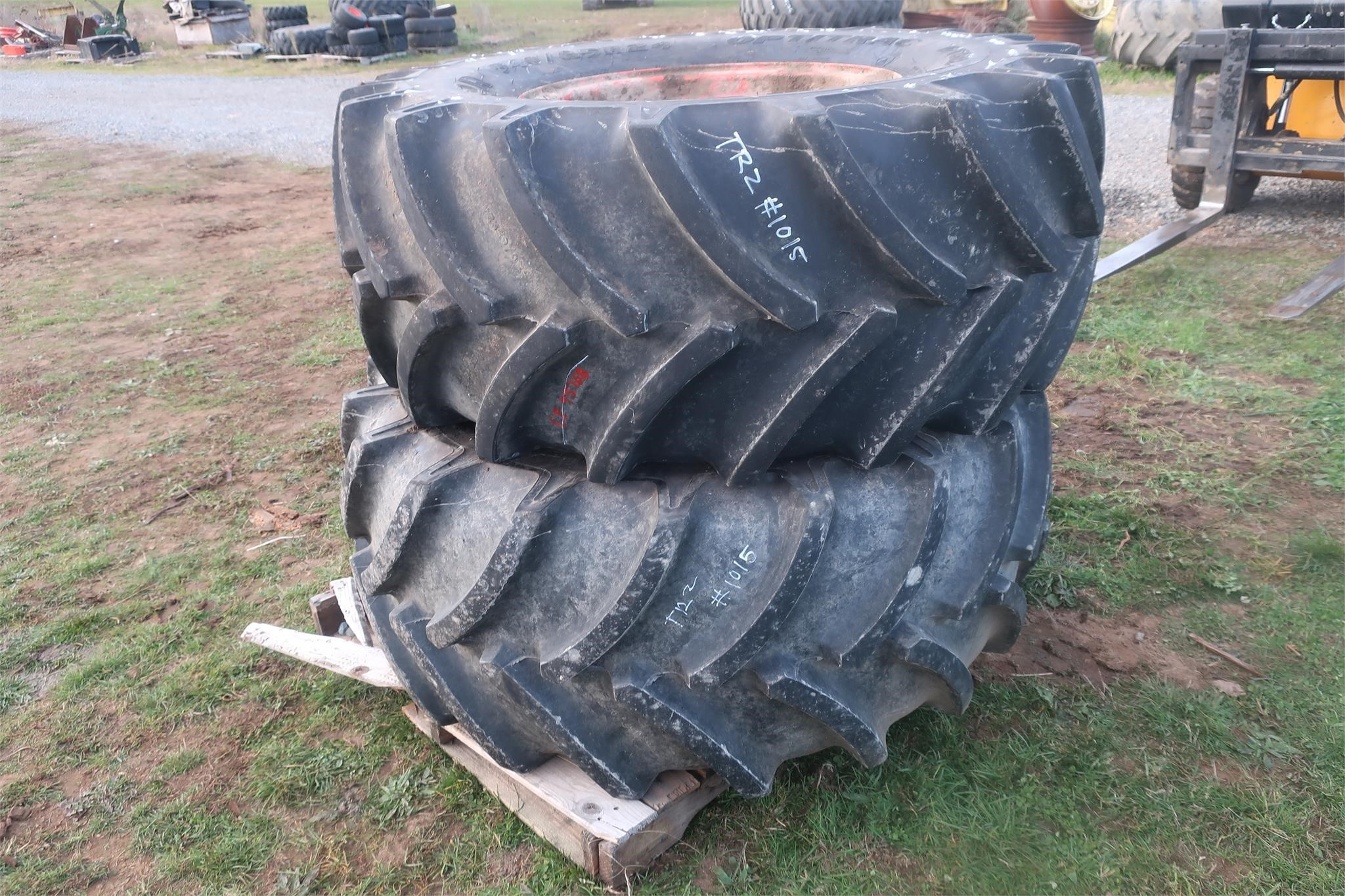 Goodyear 540/65R24 Wheels / Tires / Track