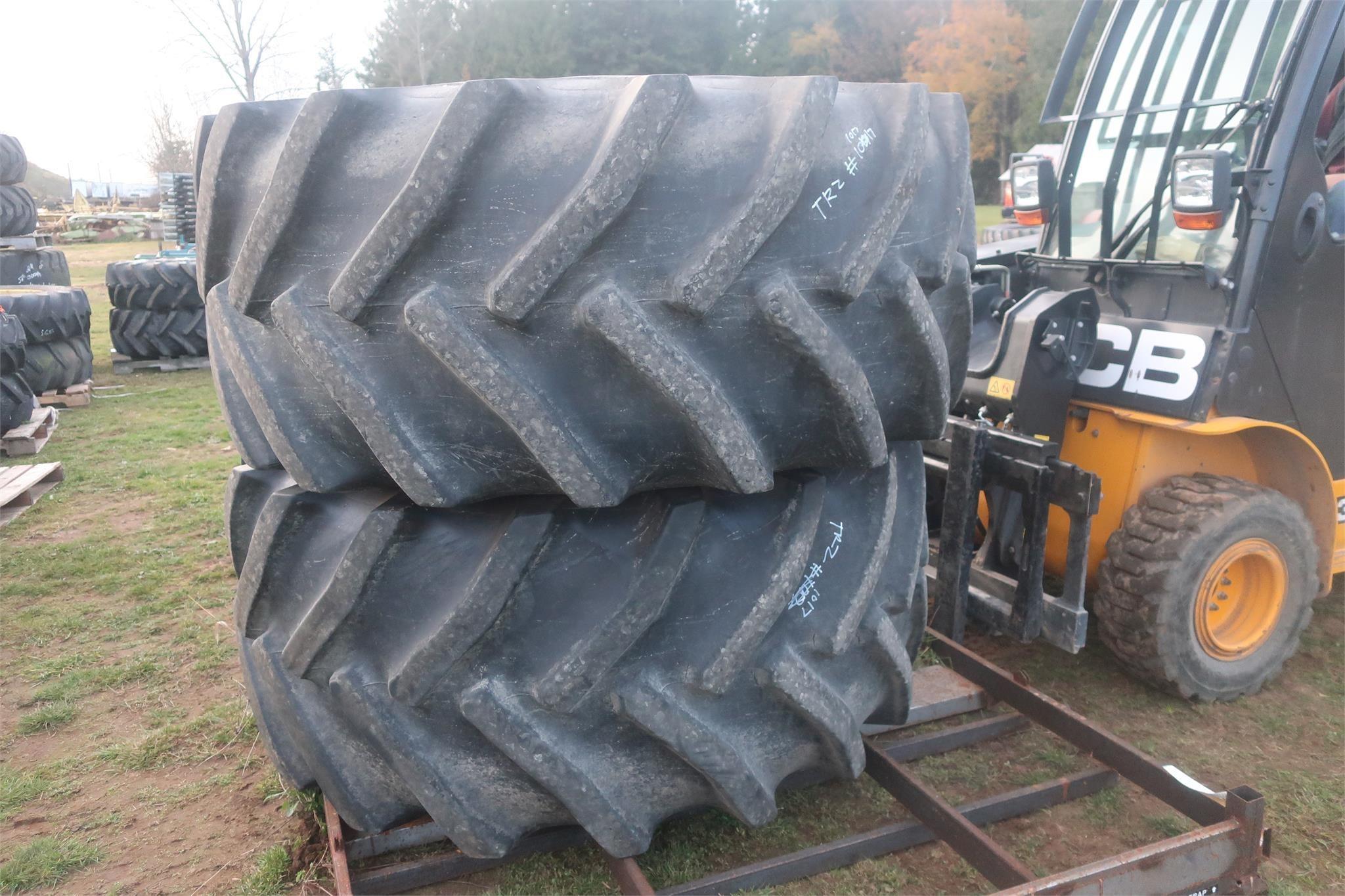 Goodyear 800/65R32 Wheels / Tires / Track