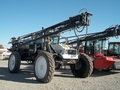 Willmar 8400 Self-Propelled Sprayer