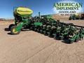 2017 John Deere DR18 Planter