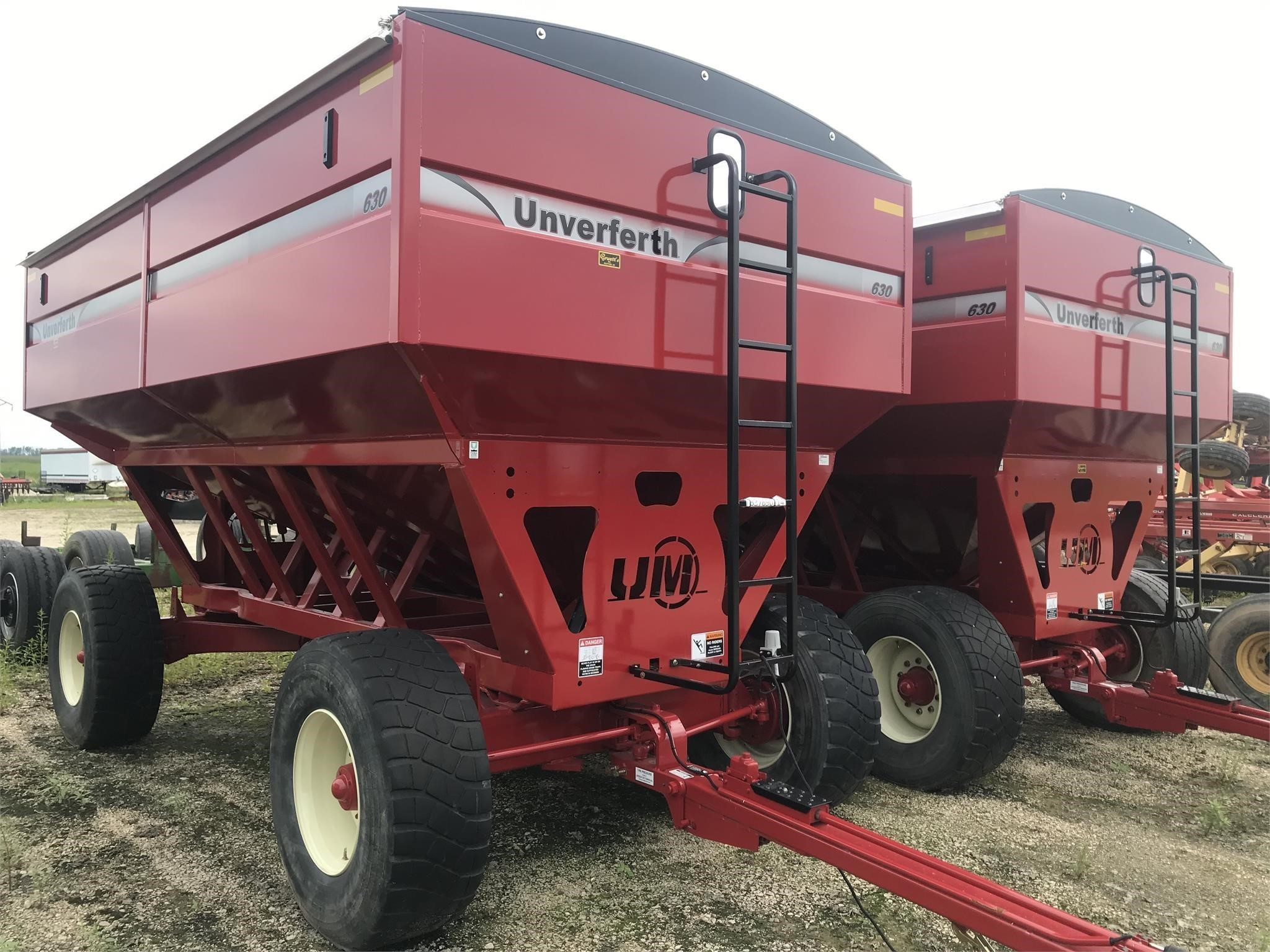 2018 Unverferth 630 Gravity Wagon