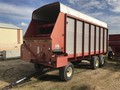 2004 Gruetts Super 6900 Forage Wagon