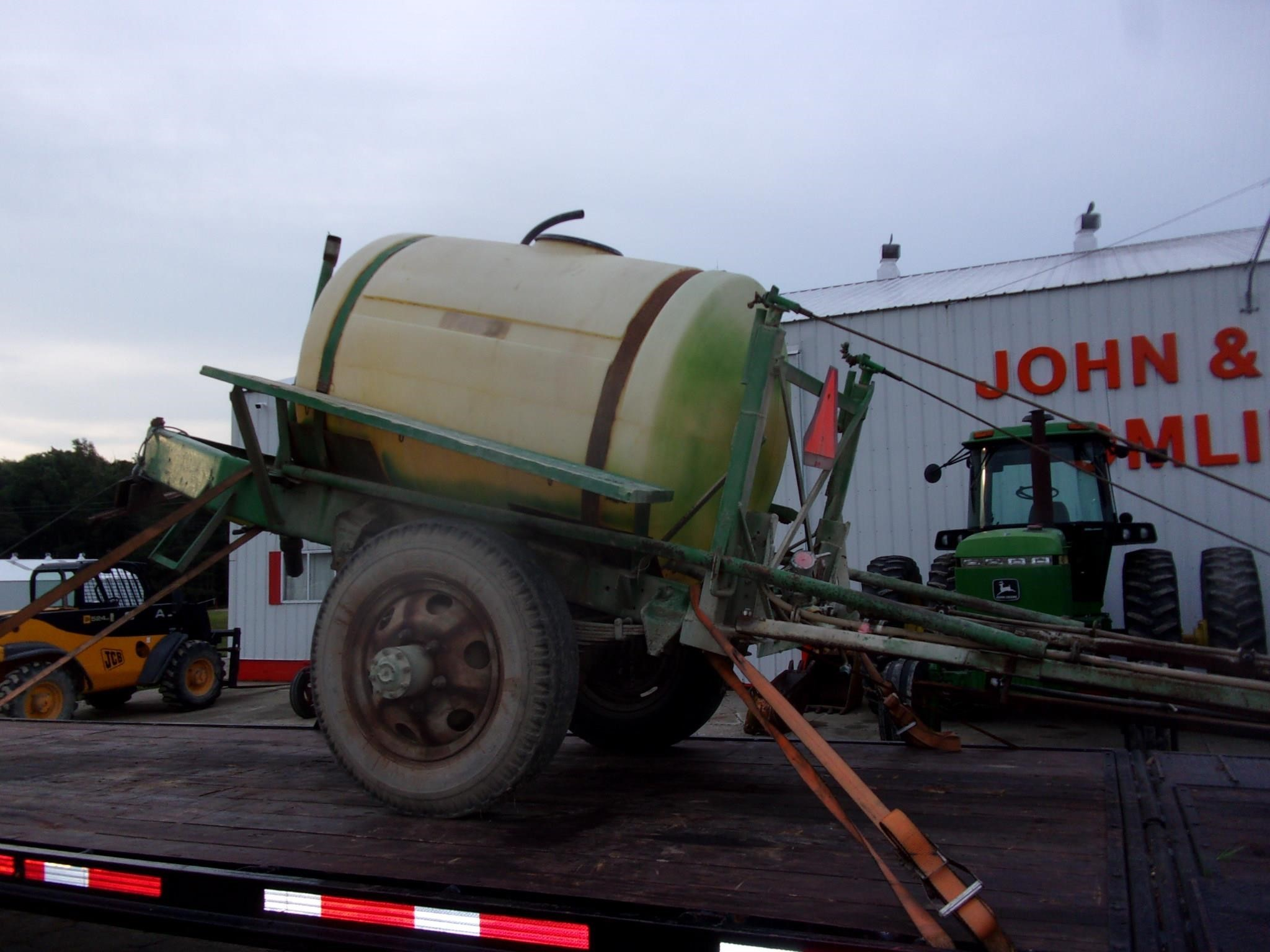 1990 Top Air 500 Pull-Type Sprayer