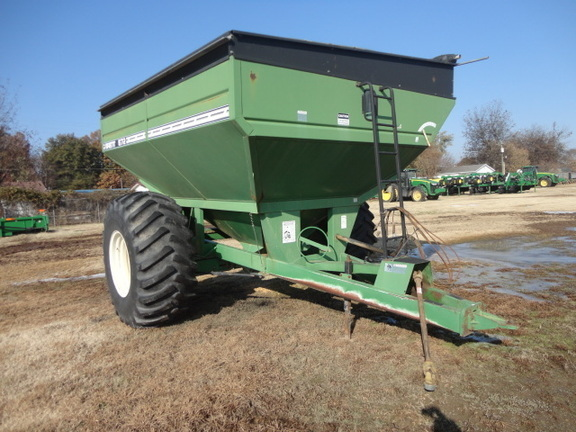 2007 Brent 672 Grain Cart