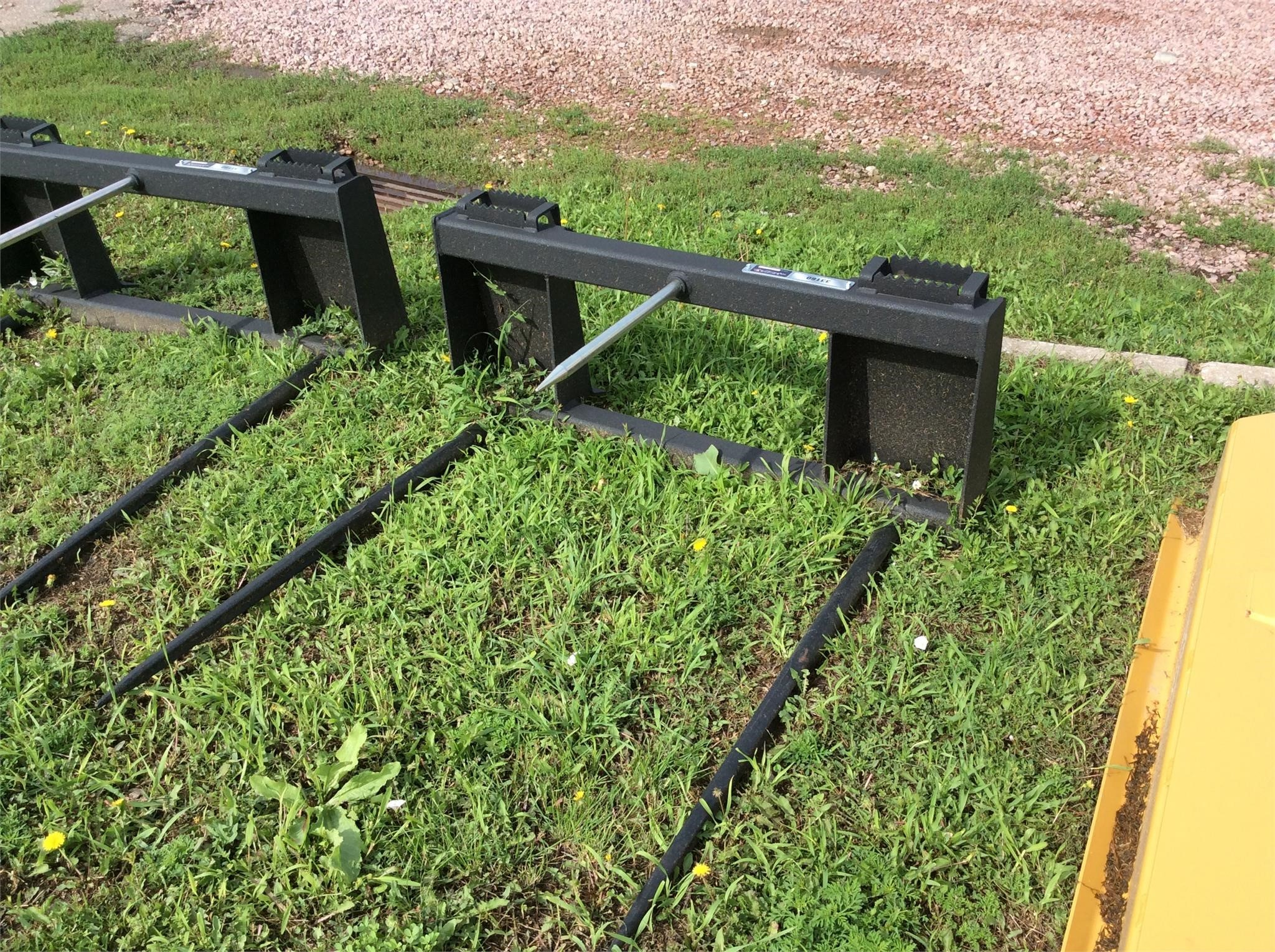 2019 LEGEND ATTACHMENTS 33160 Loader and Skid Steer Attachment