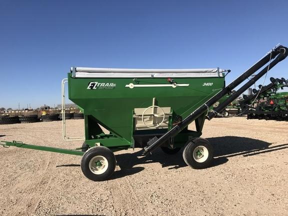 2019 E-Z Trail 300 Gravity Wagon
