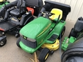 2001 John Deere LT166 Lawn and Garden