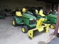2001 John Deere GT225 Lawn and Garden